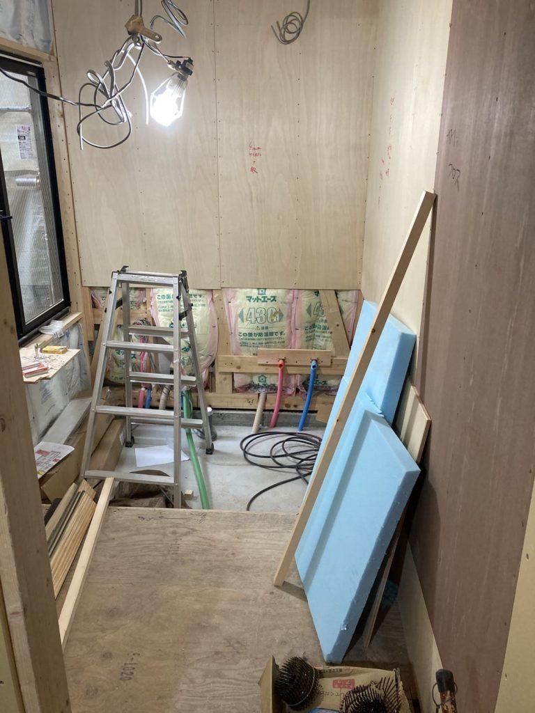 下京区高辻通り付近の新築現場 現在進行中